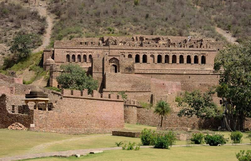 TOP 7 HAUNTED PLACES IN INDIA