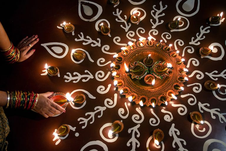 How To Perform Diwali Puja At Home?